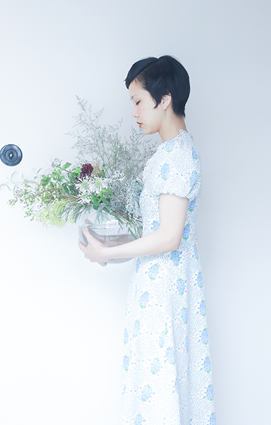 Blue roses cotton dress